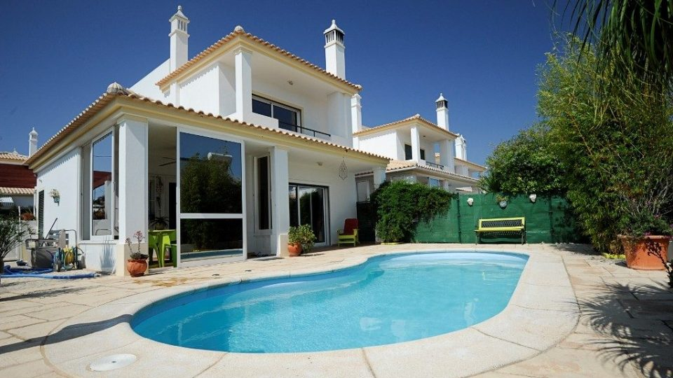 holiday-home-property-marketing-tr8-media